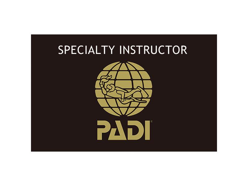 PADI スペシャルティインストラクターコース